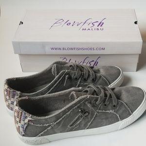 Blowfish Malibu Gray Shoes. New in Box.